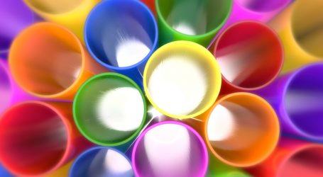 Tetra Pak entwickelt Papierstrohhalme
