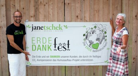 "Druckerei Janetschek verleiht ""Goldenen Regenwurm"""