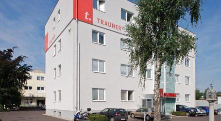 Trauner Verlag strukturiert um und schließt Druckerei