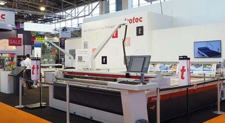 Großformat-Laser für Soft Signage